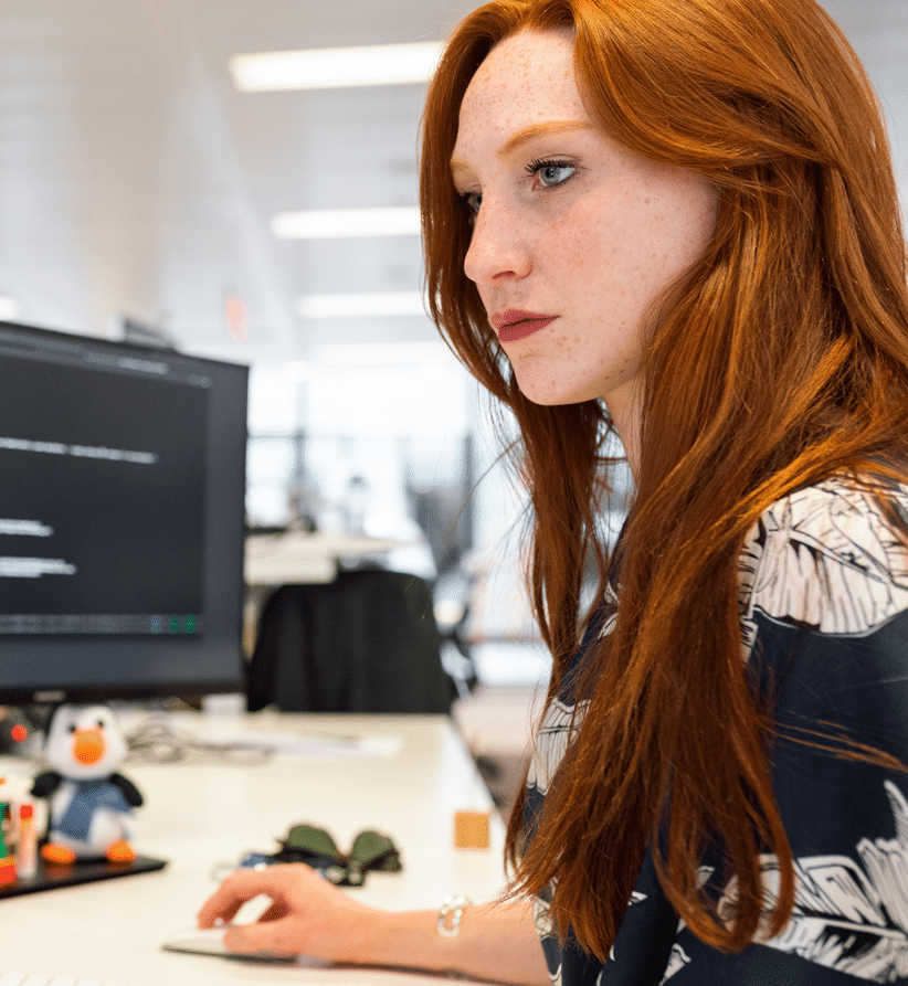 woman-coding-on-computer-final-cropped